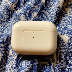 Air pods pro with case
